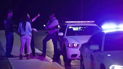 """Identificaron al tirador que mató a ocho personas en Indianápolis como """"un joven de unos 20 años"""""""