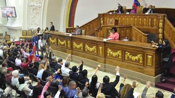 La Asamblea Nacional Constituyente votó 10 artículos de la ley contra el odio y el fascismo