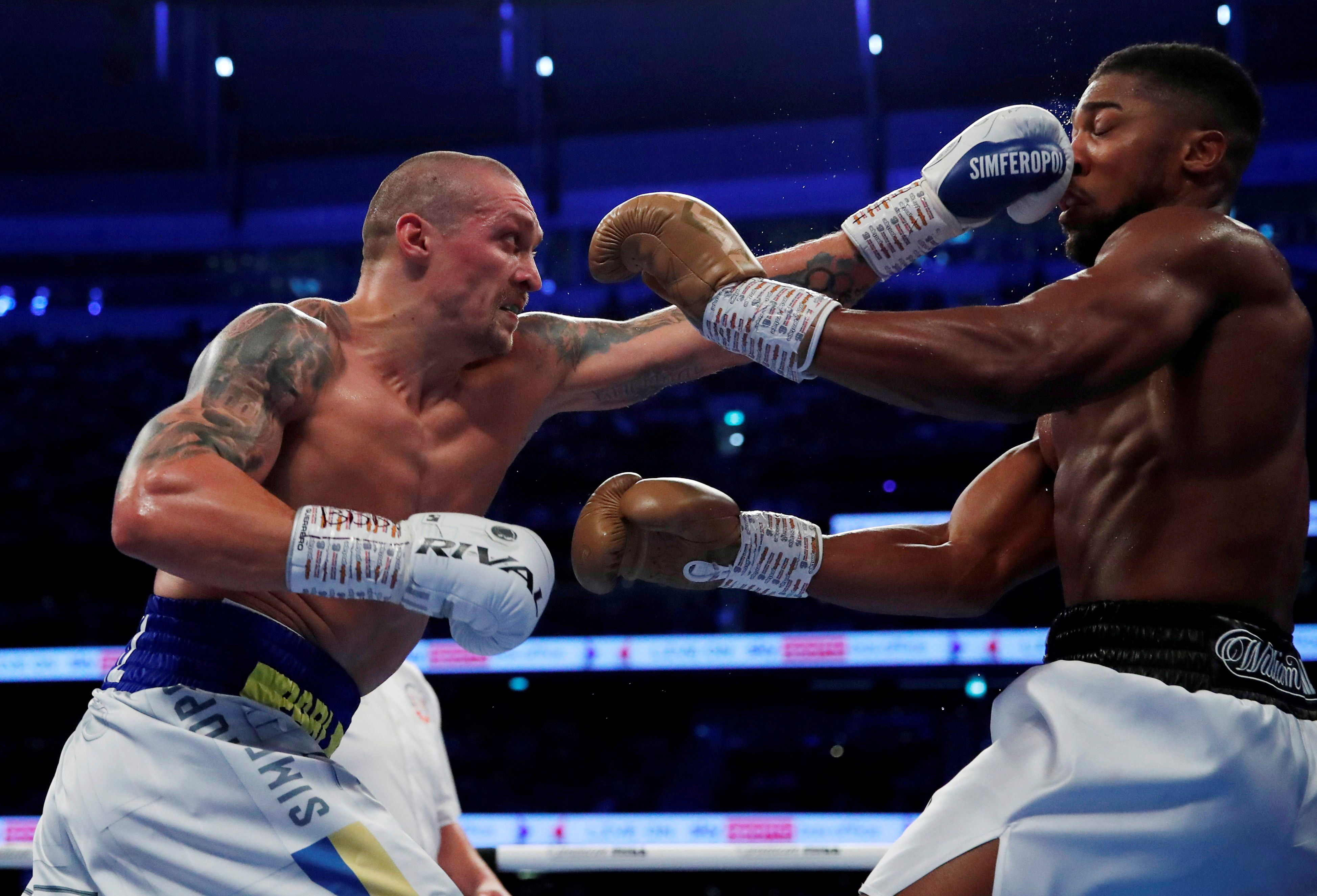 Oleksandr Usyk le arrebató los cinturones a Anthony Joshua (Foto: Reuters)