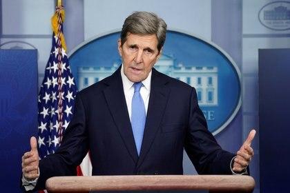 El enviado estadounidense para el clima y ex secretario de Estado, John Kerry. (REUTERS/Kevin Lamarque/archivo)