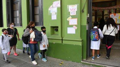 Santa Fe: vuelven las clases presenciales en los jardines y escuelas primarias de Rosario y San Lorenzo