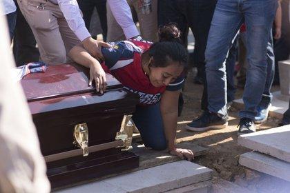 Irma Álvarez era madre de Marcos Davis, quien se debate entre la vida y la muerte en el nosocomio (Foto: Cuarto Oscuro)