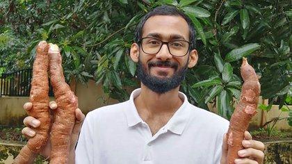 En la crisis del COVID-19 Zachariah encontró un desafío que despertó una vocación: terminó por reconsiderar su carrera en ingeniería y pensar en una en agricultura. (Sijo Zachariah via AP)