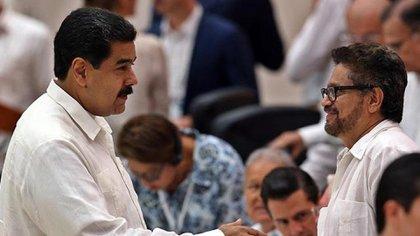 Las FARC Segunda Maequetalia ha recibido la bienvenida de Nicolás Maduro