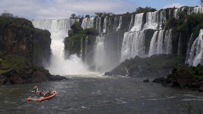 Las cataratas de Iguazú, entre los destinos locales más buscados