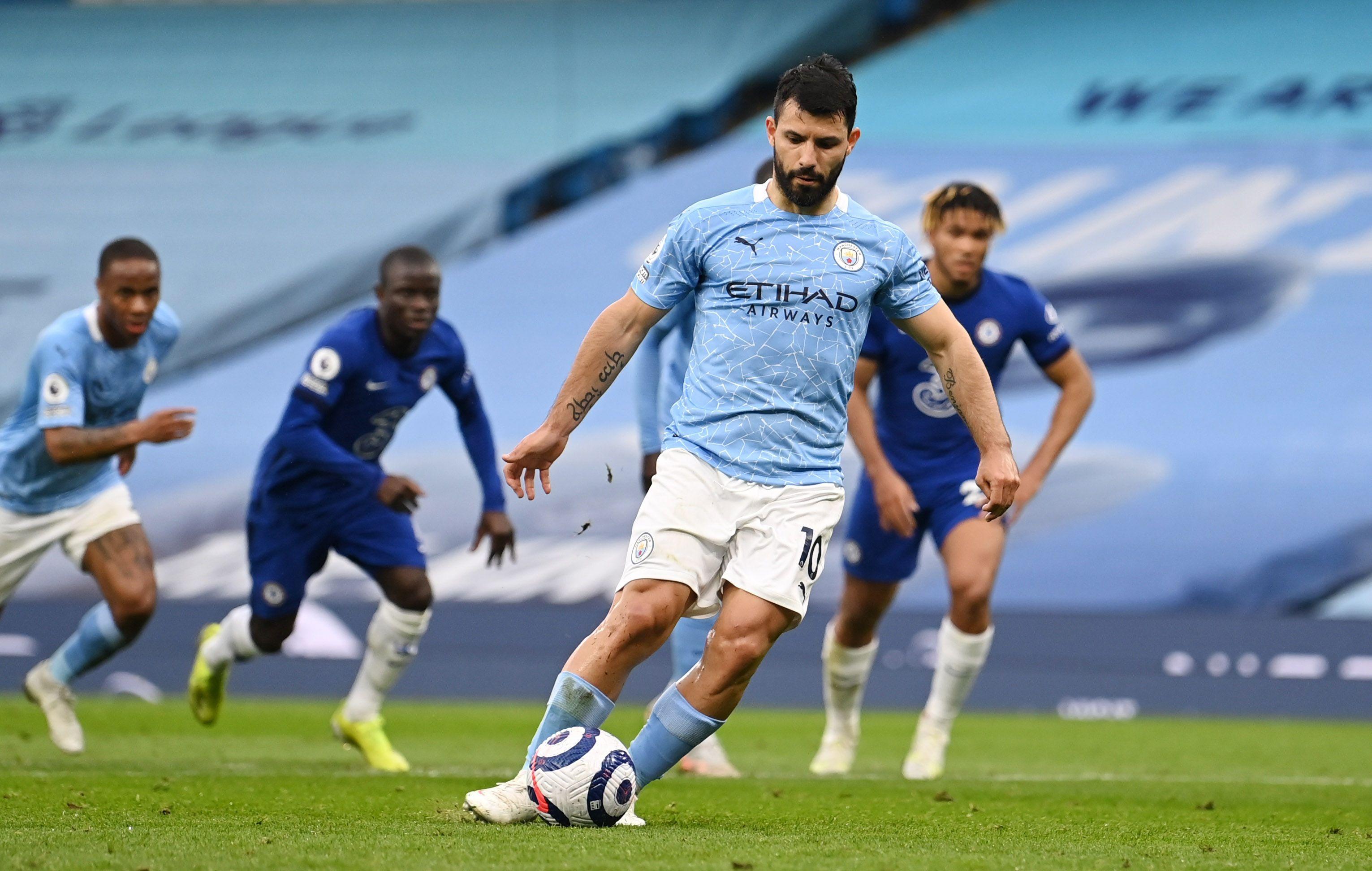 El Kun acaba de ganar un nuevo título con el Manchester City en la Premier League (Reuters)