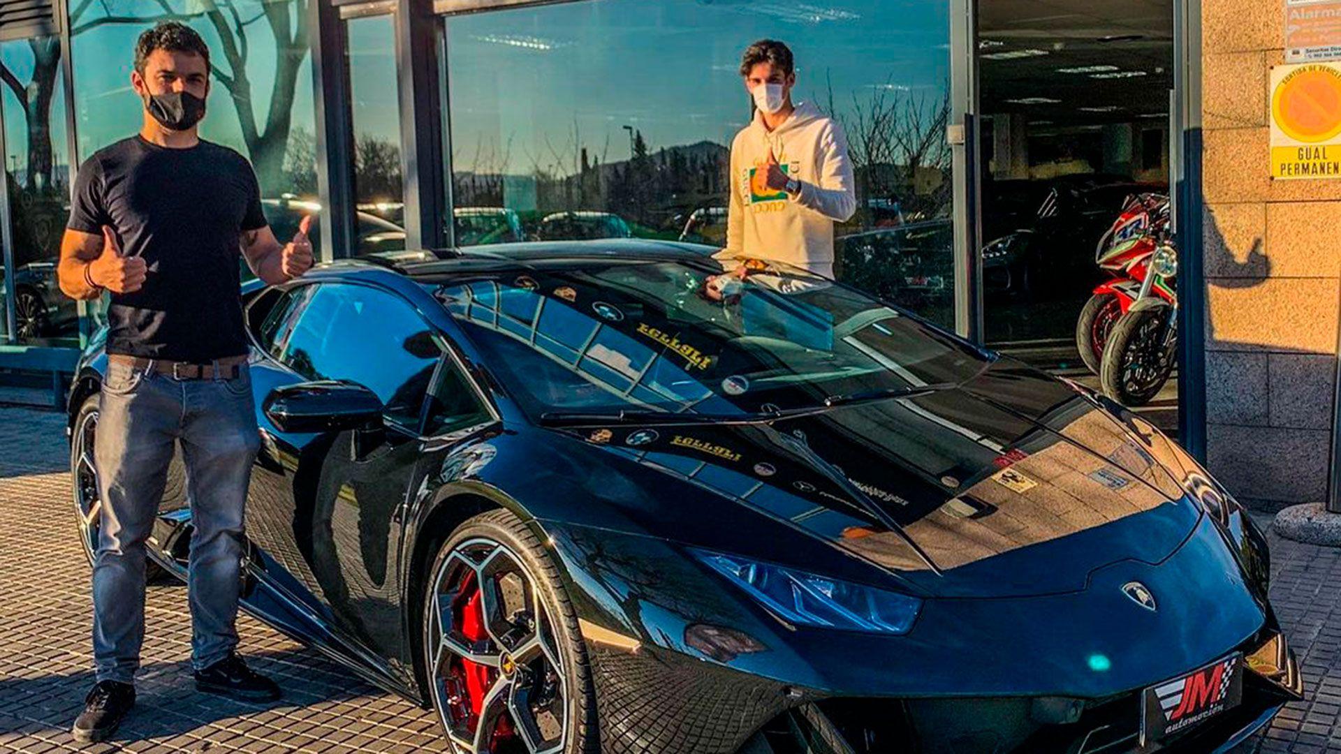 Trincao con su Lamborghini