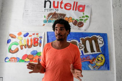 Cuban dissent was on a hunger strike as regime forces destroyed and stole his artwork.
