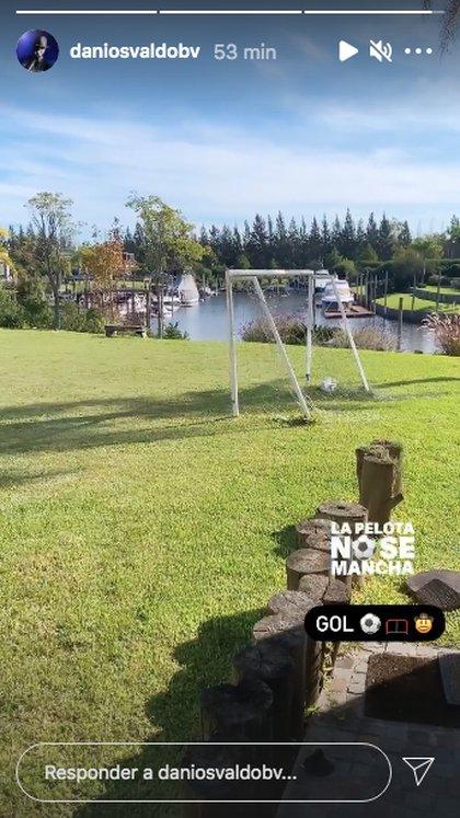 Daniel Osvaldo juega al futbol en la casa de Gianinna Maradona (Foto: @danielosvaldobv)