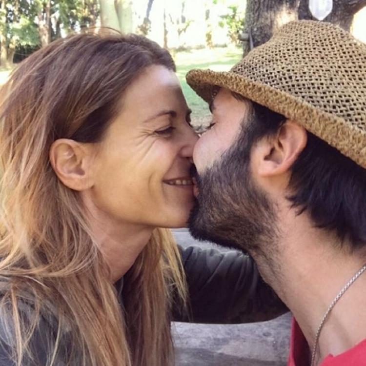 La romántica foto que compartió Eugenia Tobal junto a su pareja, Francisco García Ibar. La actriz anunció que está embarazada, esperando su primer hijo a los 43 años (Foto: Instagram)