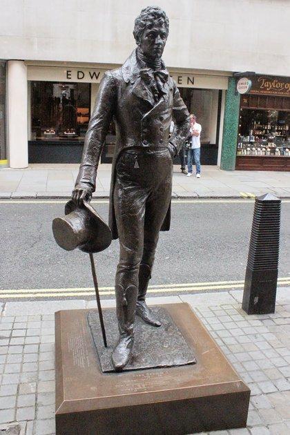 La estatua de Brummell en el centro de Londres