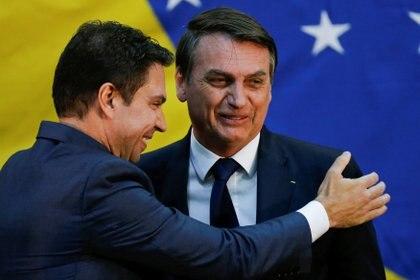 Jair Bolsonaro junto a Alexandre Ramagem (REUTERS/Adriano Machado)