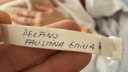 Faustina Emilia Delfino nació camino a la clínica, dentro del auto de su papá (@DelfinoLucasOk)