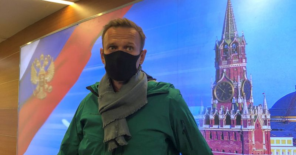 Putin calls Pro-Navalny marches illegal, New protest expected on Sunday