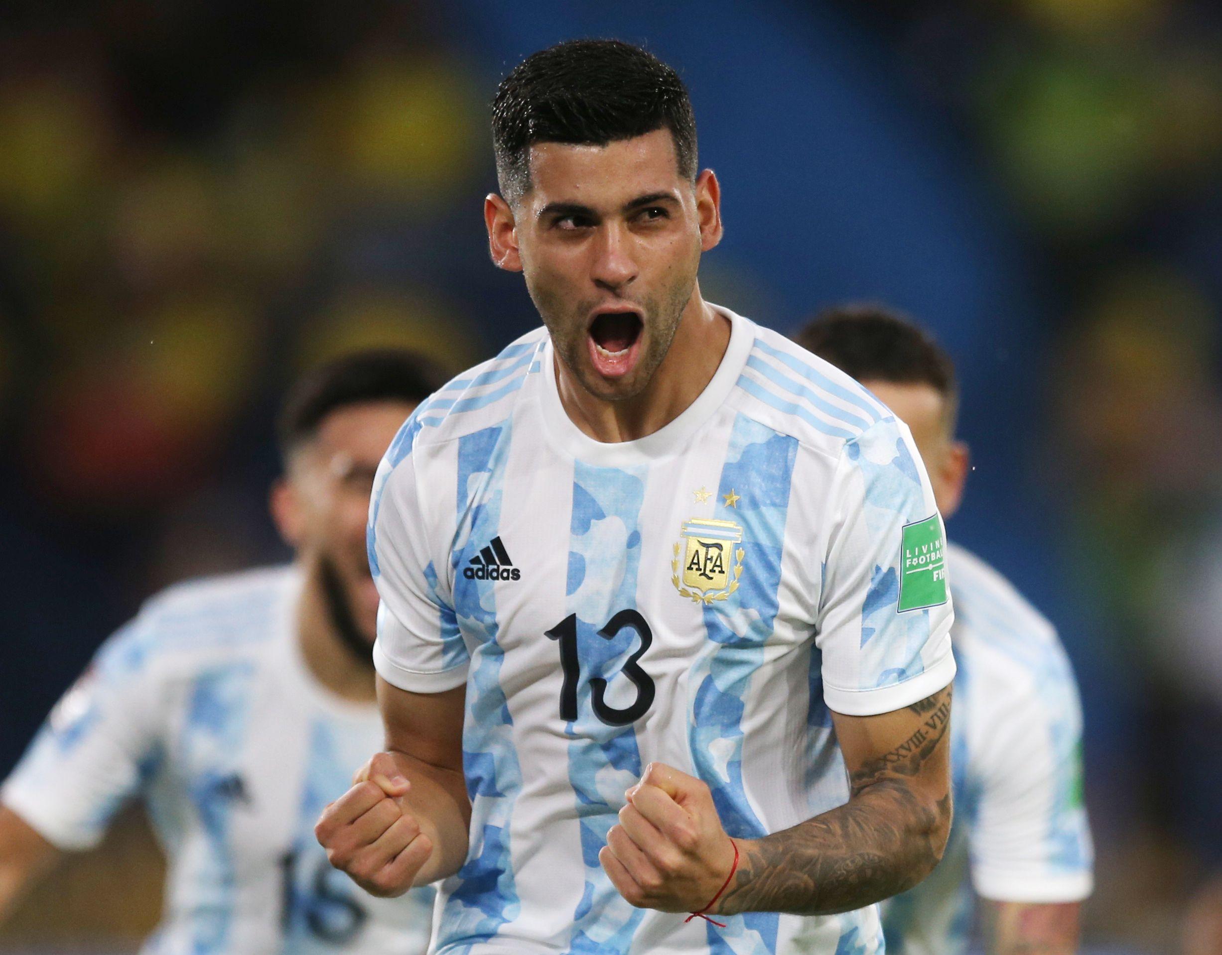 Cristian Romero celebra su gol ante Colombia en las Eliminatorias (REUTERS/Luisa González)