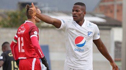 Felipe Román, futbolista de Millonarios de Colombia (@MillosFCoficial)