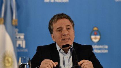 Nicolás Dujovne (Adrián Escandar)