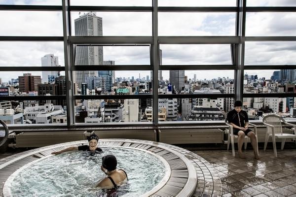 El incinerador provee la energía para el jacuzzi en las inmediaciones de Toshima.(Kadir van Lohuizen/Noor/The Washington Post)