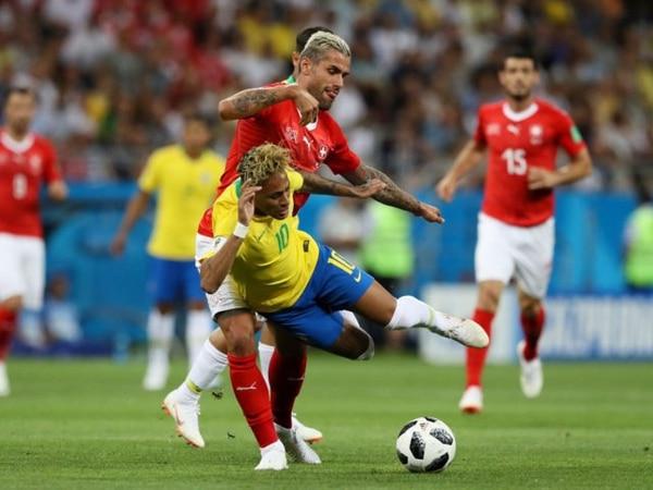 Por los aires. El estado físico de Neymar preocupa a todo Brasil (Getty)