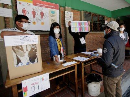 Simulacro electoral en La Paz (Reuters)