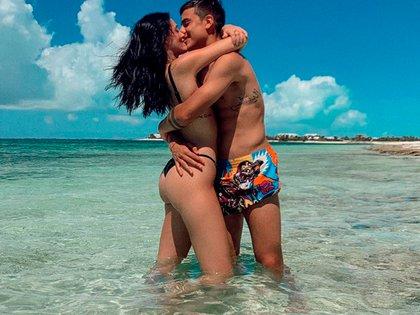 ¡Muy románticos! Oriana Sabatini le dedicó un tierno mensaje por el cumpleaños a su novio, el futbolista argentino Paulo Dybala (Foto: Instagram)