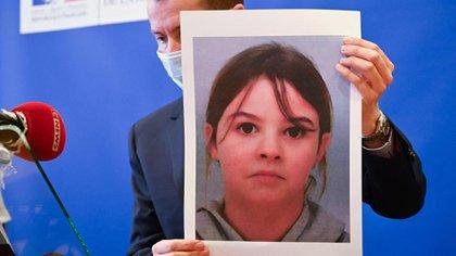 Desesperada búsqueda en Francia de Mia, una niña de 8 años que fue secuestrada por tres hombres