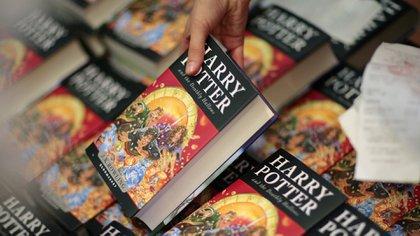 """""""Harry Potter y las Reliquias de la Muerte"""" fue lanzado en el 2007, y fue el séptimo libro de la saga del niño mago (Reuters)"""