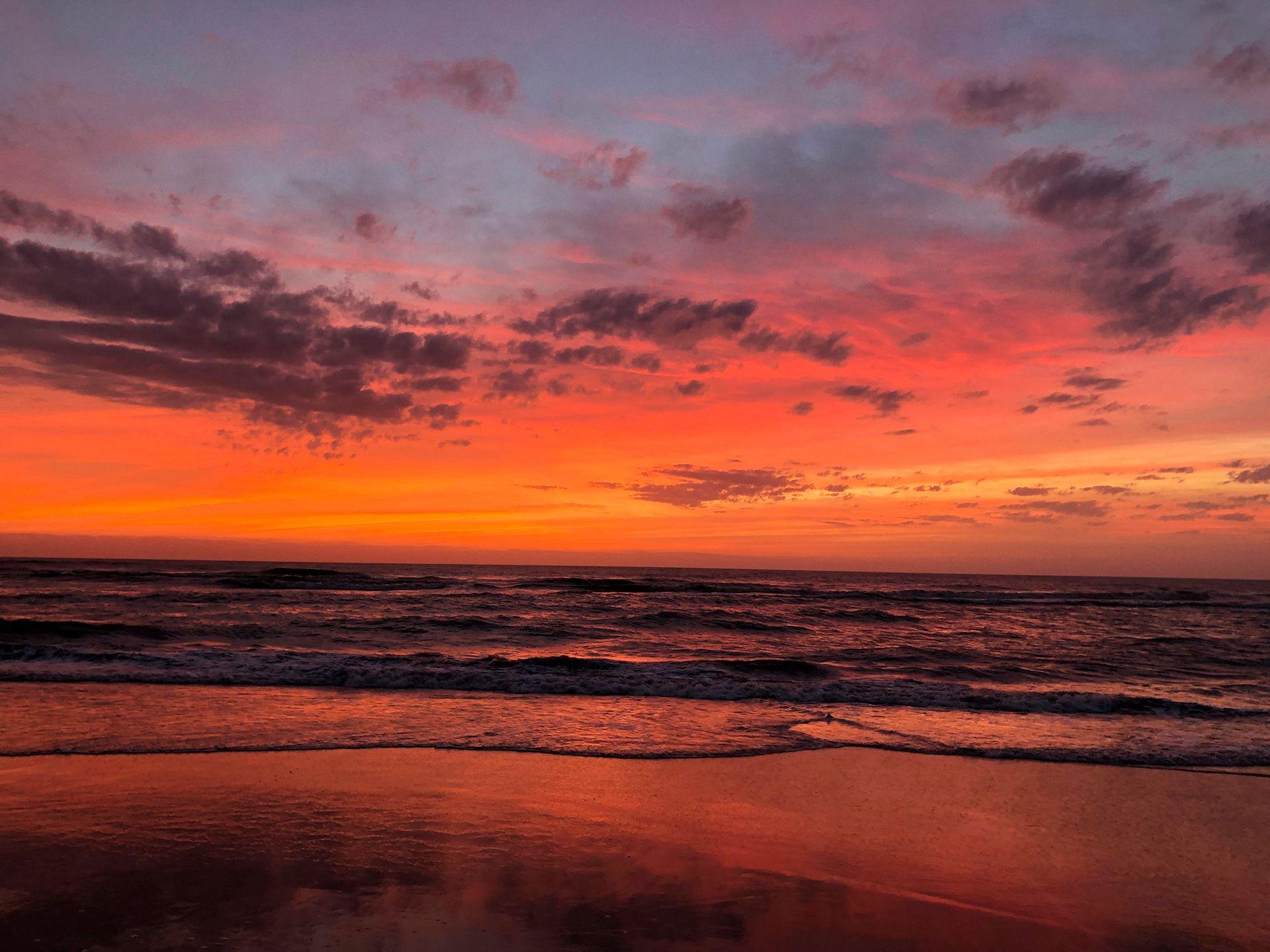 La opción de Cariló significa una extraordinaria oportunidad para alejarse unos días de la rutina y disfrutar de la playa, además de un buen hotel con spa incluido (Shutterstock)
