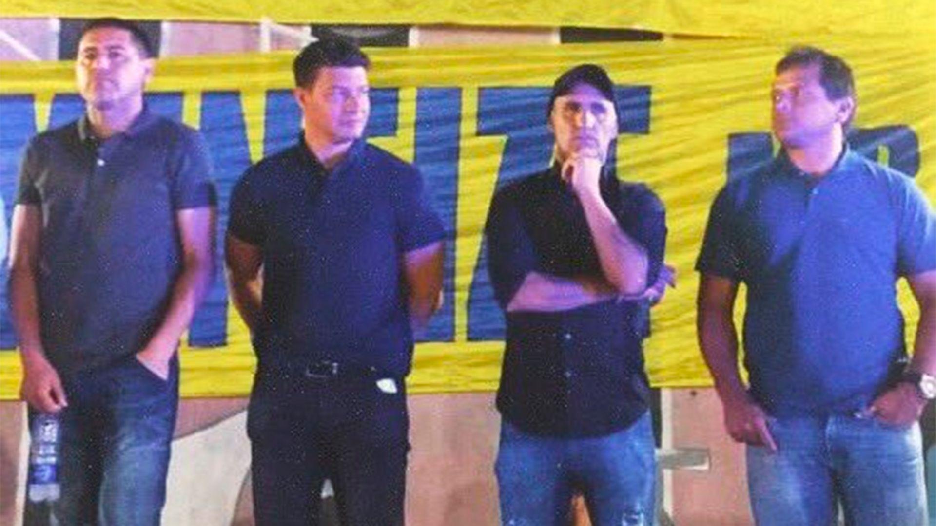 Riquelme (vicepresidente segundo), Battaglia (DT de la Reserva), Cascini y Delgado (miembros del Consejo de Fútbol al igual que Bermúdez)