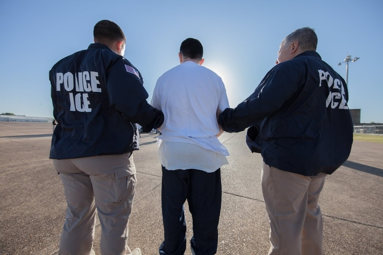 El ICE arrestó la semana a 1.300 inmigrantes (Foto: Facebook)