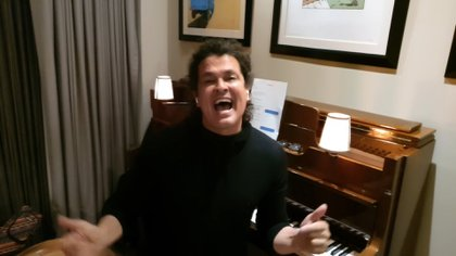 Carlos Vives (Foto: Sony Music Latin - Captura de pantalla).