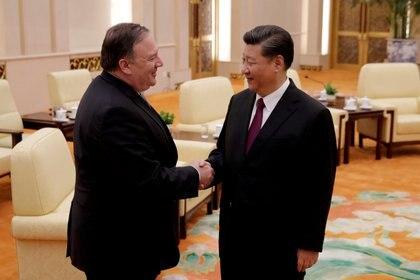 Pompeo junto al presidnete chino Xi Jinping