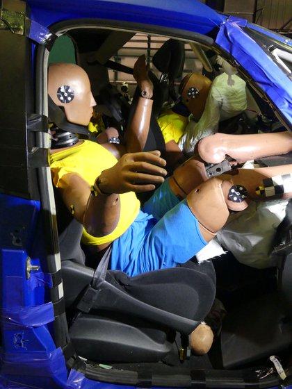 La posición yendo al volante o no es muy importante para evitar lesiones graves