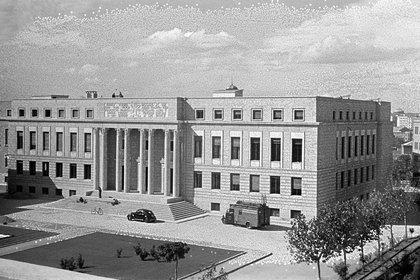 Sede central del Consejo del Consejo Superior de Investigaciones Científicas (CSIC), en la calle Serrano de Madrid. EFE/Vidal /fv/Archivo