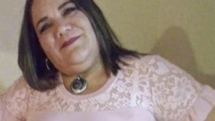 El pasado mes de noviembre, una mujer venezolana de 45 años (en la foto) intentaba cruzar la frontera chilena a pie. Tras 12 horas de caminata, no resistió y se desvaneció. Al llevarla a una comisaría de la zona fronteriza de Colchane, falleció.