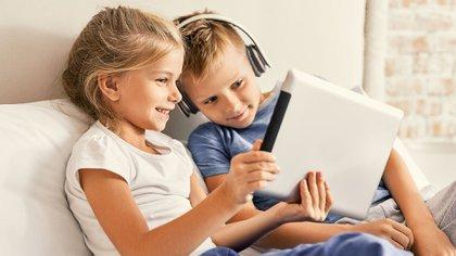Los padres desconocen el uso que hacen sus hijos de las tecnologías (Getty)