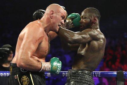 Tyson Furyvenció a Deontay Wilder en una espectacular pelea(Foto: Steve Marcus/ Reuters)