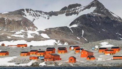 La escuela, ubicada en el sitio Esperanza en la Antártida, tenía la singularidad de ser el único lugar donde las clases presenciales nunca se detenían.  Foto: archivo DEF.