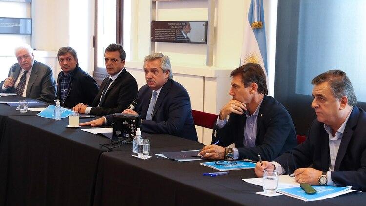 Alberto Fernández, el 18 de marzo, en Casa Rosada, con los principales líderes del Parlamento (Presidencia)