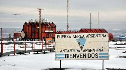 Se conmemora el 117º cumpleaños de la Antártida Argentina (DyN)