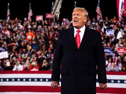 Donald Trump hizo campaña por los candidatos a senatodores por Georgia David Perdue y Kelly Loeffler (Reuters)