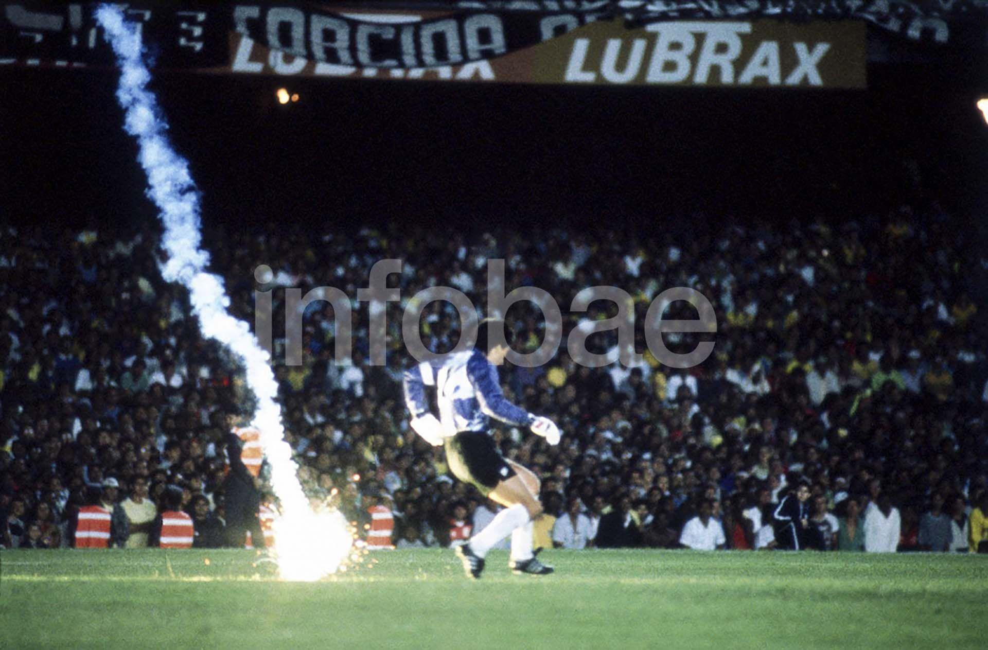 Fotos Mundiales de Futbol- Ricardo Alfieri NOTA
