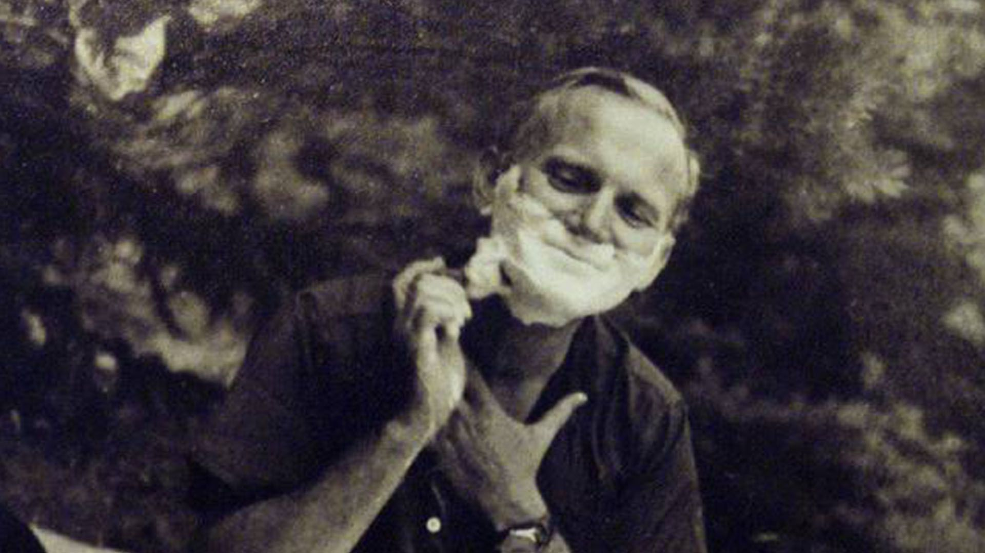 Karol Wojtyla había sido actor de teatro en su juventud. Hablaba varios idiomas y se esforzaba por practicar la fonética y el acento de cada lengua antes de sus viajes