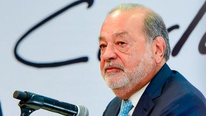 La Fundación Carlos Slim, encabezada por el ingeniero mexicano Carlos Slim, fue elegida por AstraZeneca para distribuir la vacuna (Foto: Archivo)
