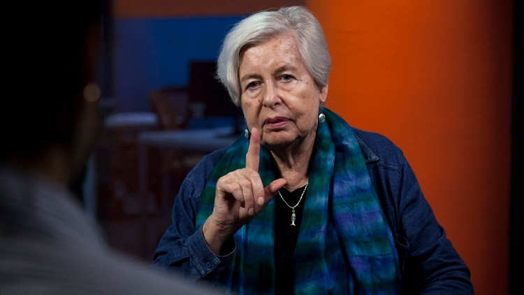 Adriana Valdés, directora de la Academia Chilena de la Lengua (Crédito: Santiago Saferstein)
