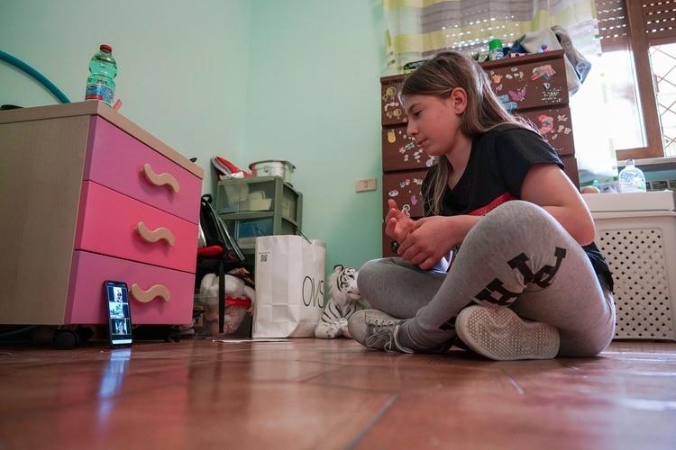 La pandemia ha confinado a los chicos en sus casas por mucho tiempo (AP Foto/Andrew Medichini)
