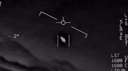 La Armada de Estados Unidos confirmó la autenticidad de tres videos presentados en 2017 sobre diversos avistamientos en el cielo (Foto: captura de pantalla)