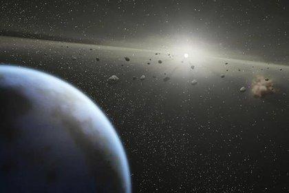 Todas las semanas se registran objetos espaciales que pasan cerca de nuestro planeta (AFP)