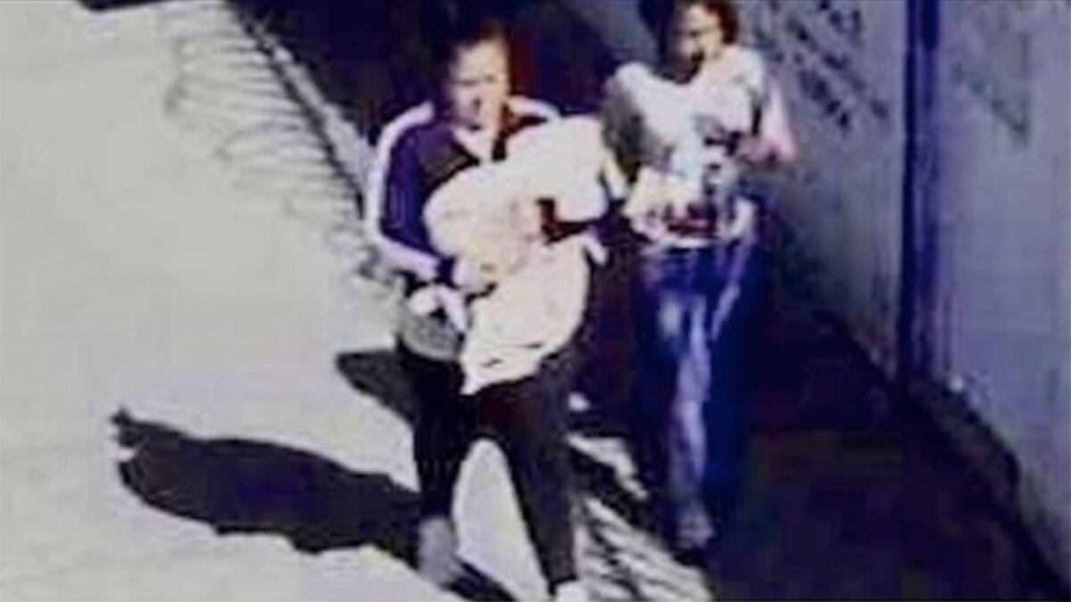 Resultado de imagen para Bebé Iker momento del secuestro