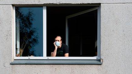 El aislamiento impactó de forma negativa en muchas personas (Shutterstock)